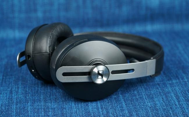 Trên tay tai nghe chống ồn Sennheiser Momentum Wireless giá ~11tr