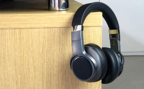 Đánh giá FiiO EH3NC – Chống ồn tương đối, chất âm là điểm mạnh, có LDAC, aptX HD, giá 4tr9