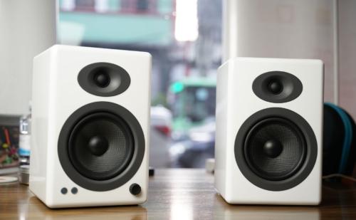 Đánh giá nhanh Audioengine A5+ Wireless, loa bluetooth thiết kế đẹp, âm hay, giá 12tr